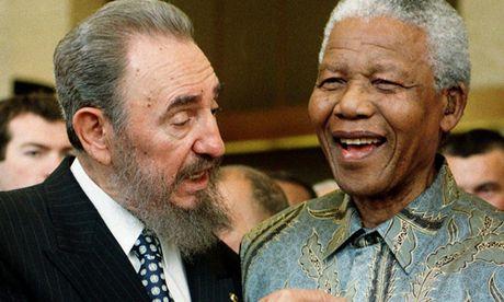 Khoanh khac lanh tu Fidel Castro ben cac chinh khach the gioi - Anh 4