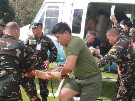 Nhom an ninh cua tong thong Philippines bi danh bom - Anh 1