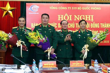 Ong Phung Quang Hai thoi chuc Chu tich Tong cong ty 319 - Anh 2
