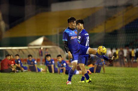 Tin HOT sang 29/11: Indonesia bat ngo biet dai tuyen Viet Nam - Anh 1