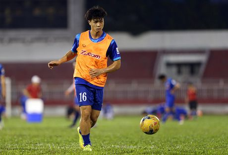 Tin HOT sang 29/11: Indonesia bat ngo biet dai tuyen Viet Nam - Anh 2