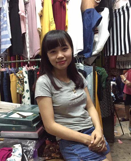 Tieu thuong cho Ha Tinh quay lai buon ban sau nhieu ngay bai thuong - Anh 2