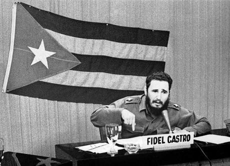 Nhung vu am sat Fidel Castro that bai cua CIA - Anh 1