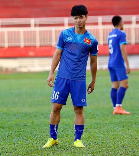 """DT Viet Nam: Huu Thang day """"bi an"""", fan nu chung hung - Anh 4"""