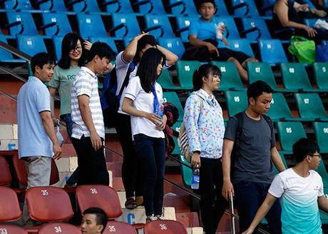 """DT Viet Nam: Huu Thang day """"bi an"""", fan nu chung hung - Anh 8"""
