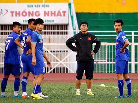 """DT Viet Nam: Huu Thang day """"bi an"""", fan nu chung hung - Anh 9"""