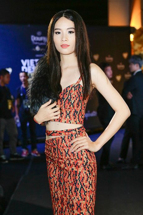 Dan sao Viet 'nao loan' tham do Vietnam Designer Fashion Week Fall - Winter 2016 - Anh 6