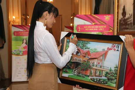 Pham Huong, Le Hang, Nam Em den voi tre em vung cao tinh Lam Dong - Anh 15