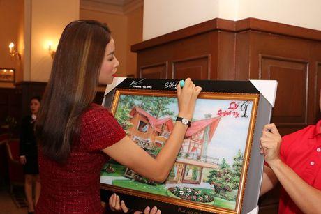 Pham Huong, Le Hang, Nam Em den voi tre em vung cao tinh Lam Dong - Anh 16