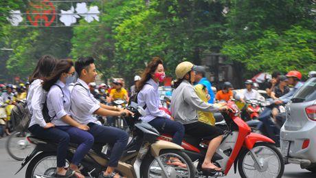 Khong duoc phep dung xe chi de kiem tra chinh chu - Anh 1