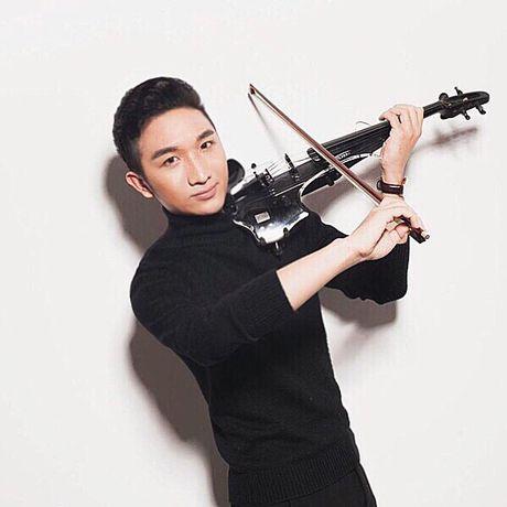 Nghe si violin Hoang Rob: San sang di ca khi…dang ngu! - Anh 1