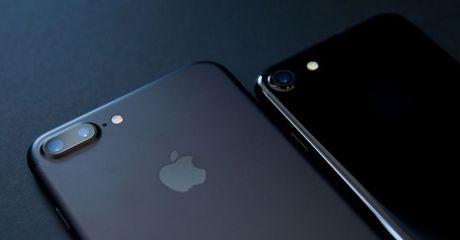 iPhone 8 se su dung man hinh Oled cong? - Anh 1