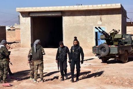 Quan doi Syria danh chiem 1 lang tu IS tren vung ngoai o phia Dong Aleppo - Anh 1
