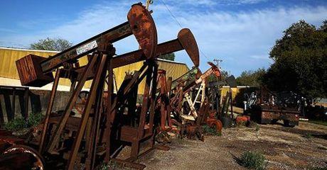 Gia dau chung da tang, OPEC gap kho trong viec dam phan cat san luong - Anh 1