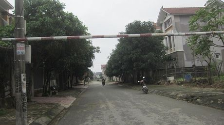 Ha Tinh: Truy tim doi tuong bat coc tre con bat thanh - Anh 1