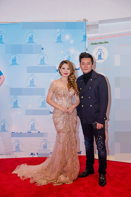 Thanh Thao lien tuc dat show lam giam khao thi sac dep - Anh 2