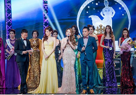 Thanh Thao lien tuc dat show lam giam khao thi sac dep - Anh 7