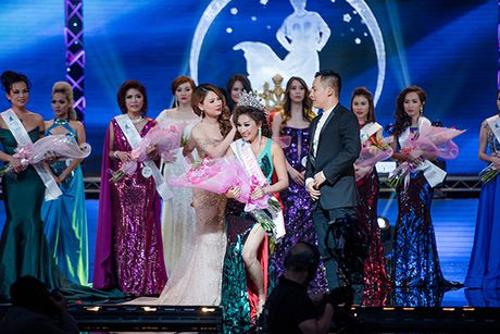 Thanh Thao lien tuc dat show lam giam khao thi sac dep - Anh 8