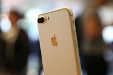 Thong tin Apple thua nhan iPhone 7 ro song khong chinh xac - Anh 1
