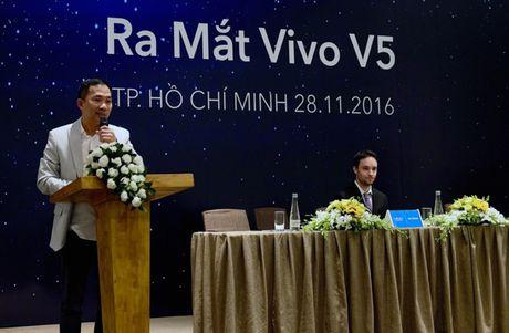 Vivo ra mat smartphone camera truoc 20MP, Hoang Thuy Linh lam dai su - Anh 3