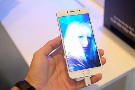 Vivo ra mat smartphone camera truoc 20MP, Hoang Thuy Linh lam dai su - Anh 7