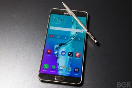 Note 7 chet yeu, Samsung 'phu phep' bien Note 5 thanh Note 7 - Anh 1