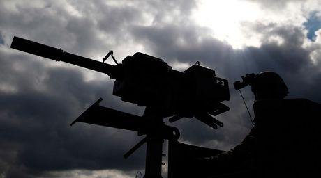 11 quoc gia NATO ram ro tap tran 'Kiem sat' sat Nga - Anh 1