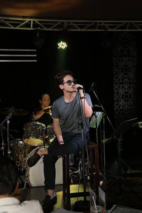 Quang Linh bat ngo xuat hien o 'Duyen dang Viet Nam 28' - Anh 2