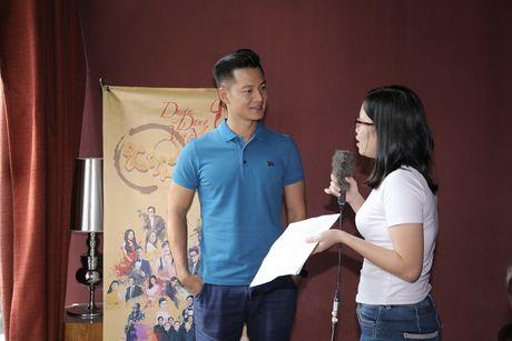 Quang Linh bat ngo xuat hien o 'Duyen dang Viet Nam 28' - Anh 5