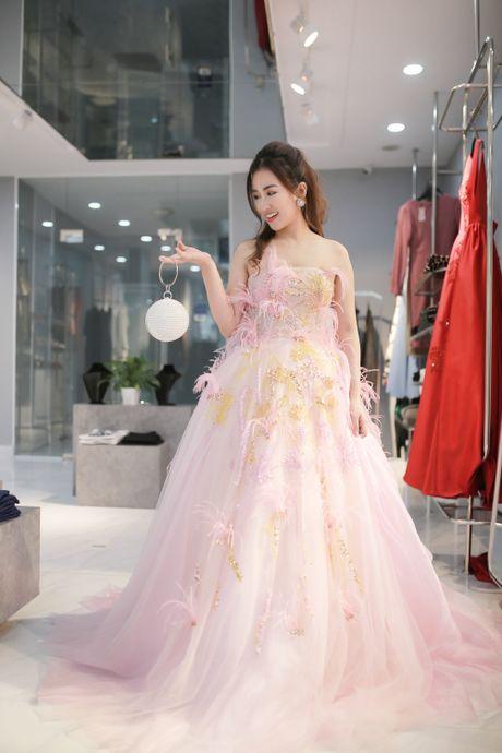 Trang Moon xinh dep truoc gio sang Han tham du le trao giai - Anh 4