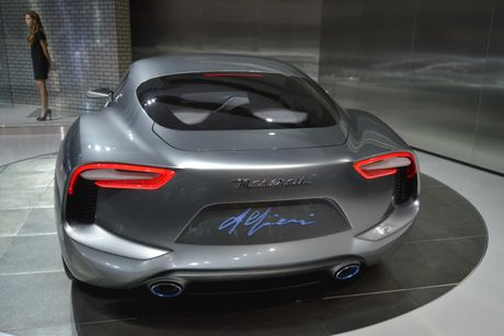 Maserati san xuat sieu xe dien canh tranh Tesla - Anh 5