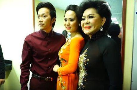 To mo con gai nuoi thu 6 trung ten voi Hoai Linh - Anh 3