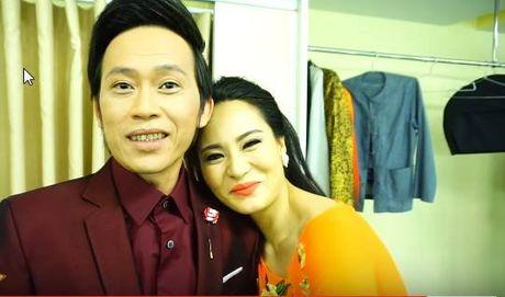 To mo con gai nuoi thu 6 trung ten voi Hoai Linh - Anh 4