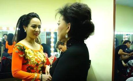 To mo con gai nuoi thu 6 trung ten voi Hoai Linh - Anh 5