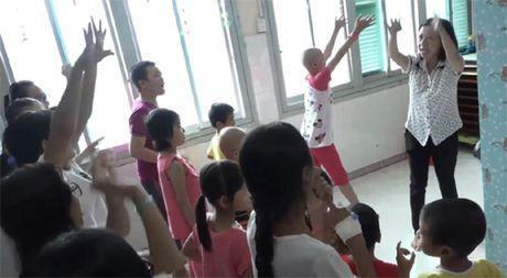 'Ngay thay tro': Nhung cau chuyen tu te suoi am ngay dong - Anh 5