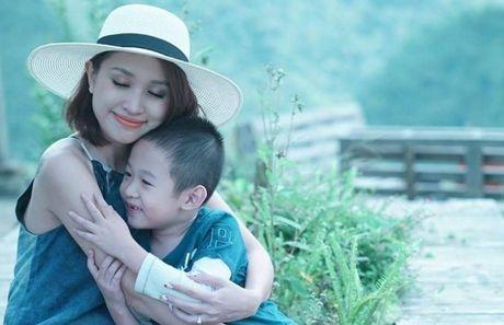 Xuc dong thu Thanh Van Hugo gui con trai - Anh 1