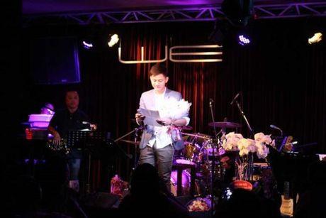 Hoai Lam len tieng khi bi 'nem da' vi muon lay vo som, nghi van dung tinh yeu de PR - Anh 2