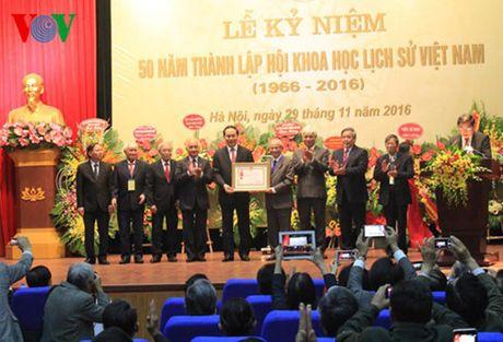 Hoi Khoa hoc lich su Viet Nam nhan Huan chuong Lao dong hang Nhat - Anh 2