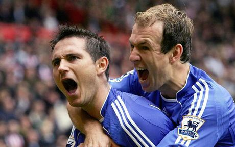 Robben bau doi hinh trong mo: Van Nistelrooy va Lampard duoc vinh danh - Anh 10