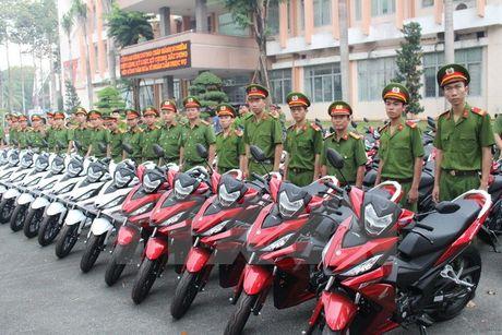 Binh Duong trang bi 100 moto cho cong an phong chong toi pham - Anh 1