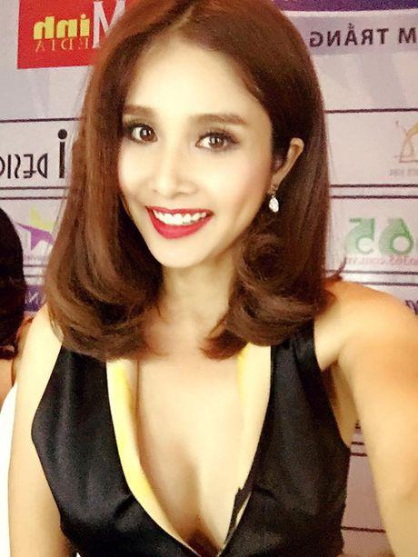 Ai cung phai nhin vi vo cu Phan Thanh Binh qua 'nong' noi dong nguoi - Anh 10