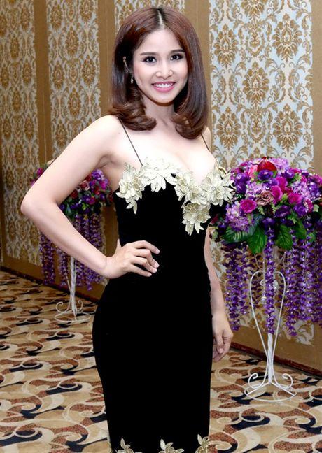 Ai cung phai nhin vi vo cu Phan Thanh Binh qua 'nong' noi dong nguoi - Anh 18