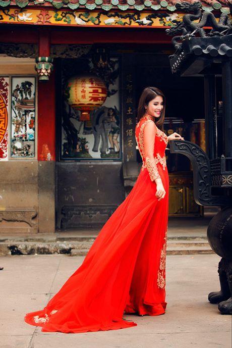 Ai cung phai nhin vi vo cu Phan Thanh Binh qua 'nong' noi dong nguoi - Anh 3