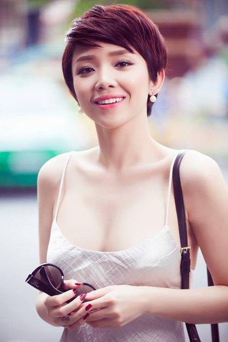 4 kieu nu Viet 'nghien' mac ao hai day sexy ra pho - Anh 10
