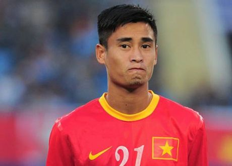 Tin tuc AFF Cup (30.11): DT Viet Nam so hai khi may bay gap su co - Anh 8
