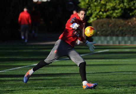 Chum anh: Lucas Perez tro lai, Arsenal san sang dau Southampton - Anh 2
