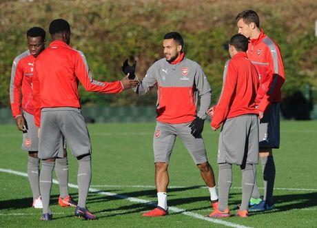 Chum anh: Lucas Perez tro lai, Arsenal san sang dau Southampton - Anh 3