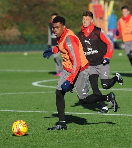 Chum anh: Lucas Perez tro lai, Arsenal san sang dau Southampton - Anh 8