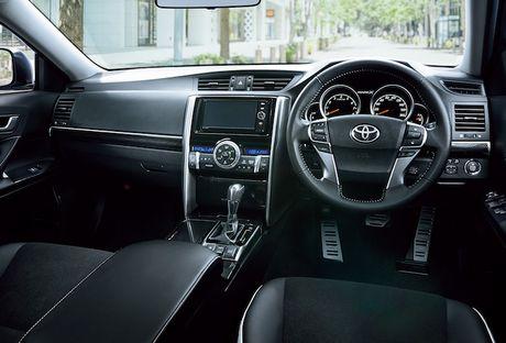 Sedan Toyota Mark X thay the Camry gia tu 560 trieu - Anh 4