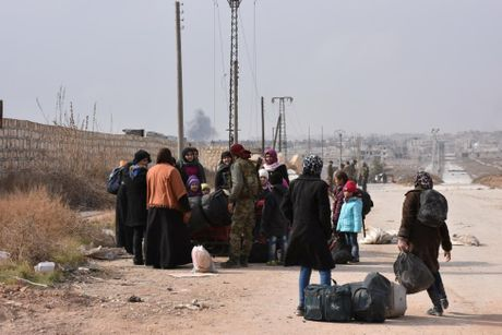 Loat anh chien thang cua Quan doi Syria o Dong Aleppo - Anh 6